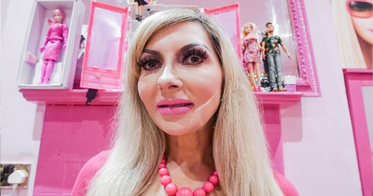 b3 5.jpg - Woman Underwent 100 Surgeries In Her Quest To Become A Barbie