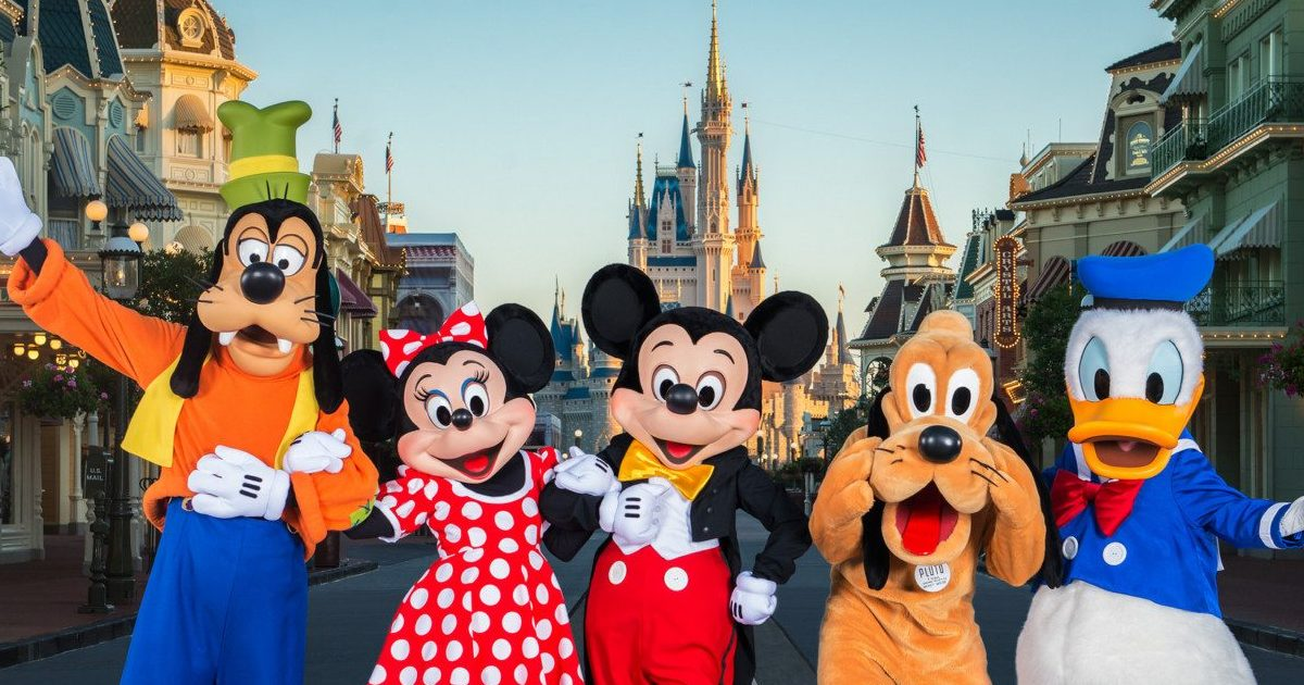 15804259635 f190e15b24 k e1580917408766.jpg - 13 photos qui prouvent que Disneyland est un endroit magique!