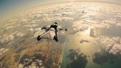 파일:external/cdn.picturecorrect.com/wingsuit-dubai.jpg