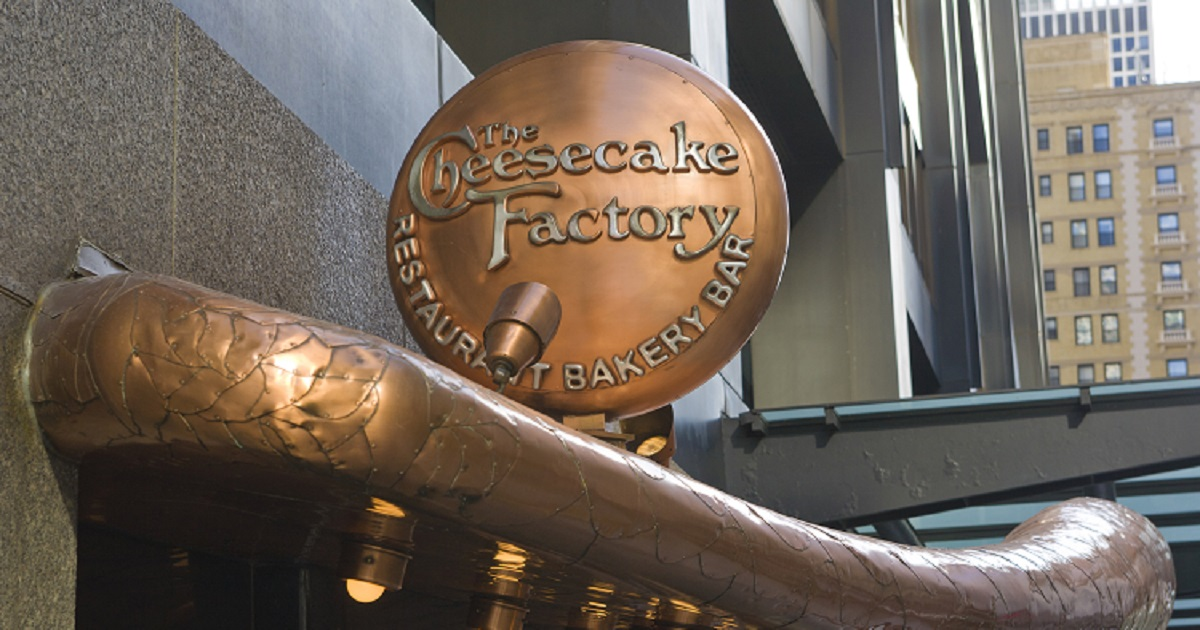 c3 11.jpg - The Cheesecake Factory Throws In Free Cheesecake Slices For Takeout Orders