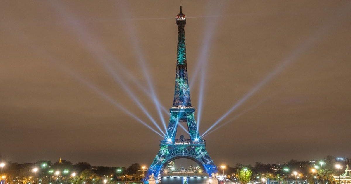 illumination cop21 one heart one tree e livinec e1585332913866.jpeg - #Merci : La tour Eiffel va projeter un message de remerciement pour tous ceux mobilisés durant la pandémie