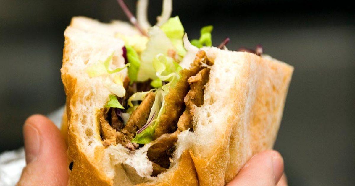 kebab thermomix 1280x720 e1584025579107.jpg - Insolite : Il te faut ce mini grill kebab pour ces soirées d'été entre potes !