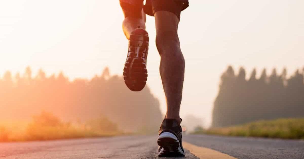 na 5e160cff95882 e1584634023167.jpg - Sport à la maison : Un homme de 32 ans court un marathon pendant le confinement...sur son balcon !