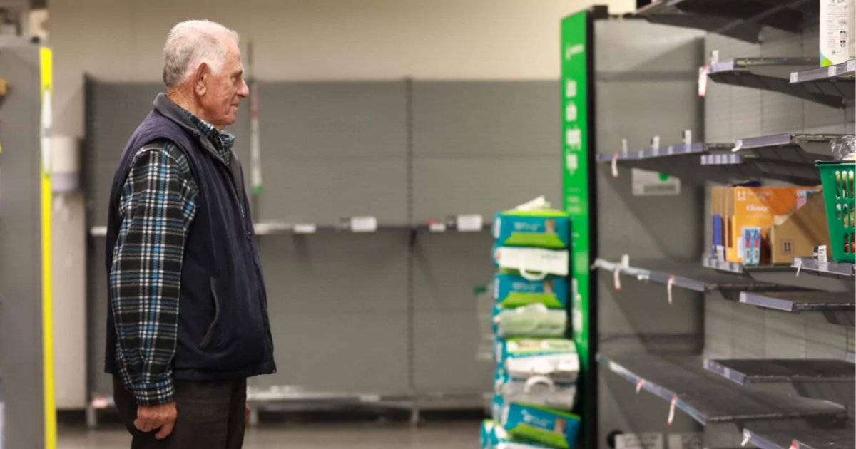 store6.png - Heartbreaking Photos Show Elderly People Facing Empty Shelves Stripped By Panic Buyers
