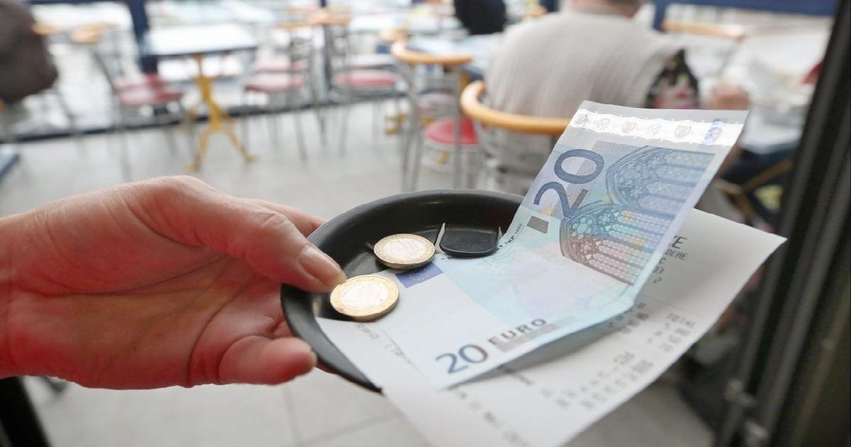 tips.jpg - Avant le confinement, un homme a laissé 9.000 euros de pourboire à un restaurant pour les employés