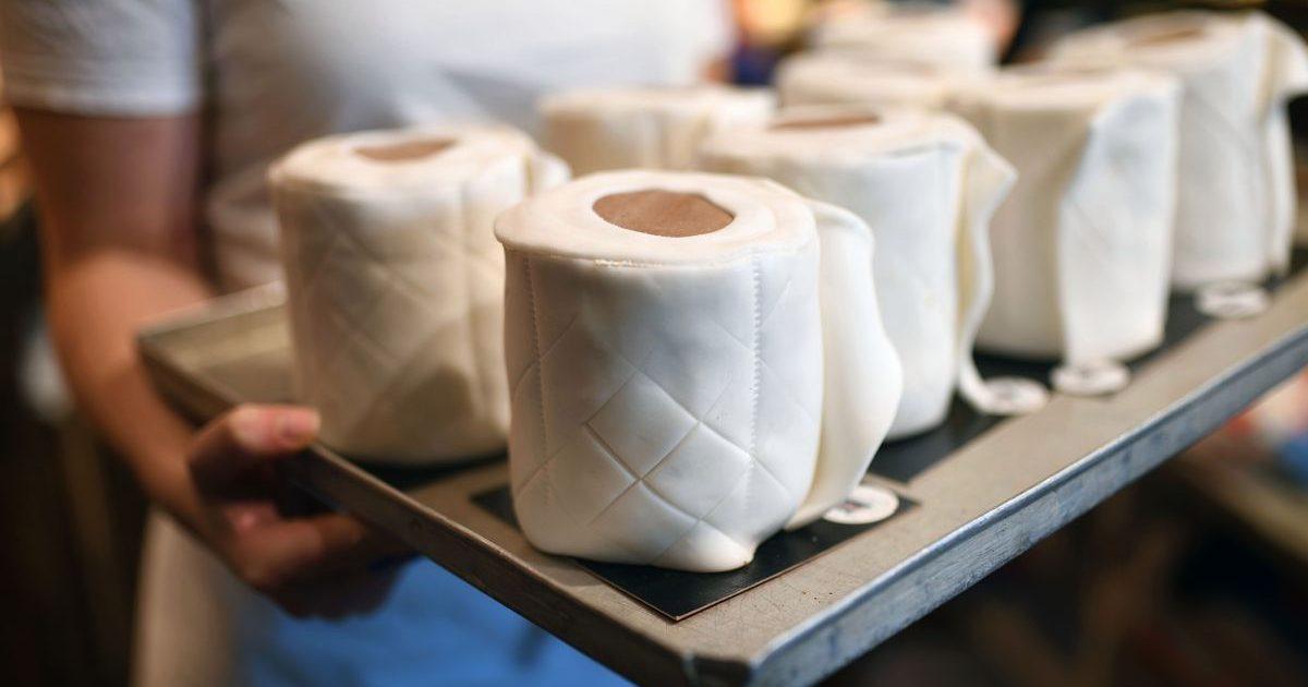 toiler paper cake 25 e1585421469884.jpg - Allemagne : Un boulanger a créé un gâteau original pour faire face à la pénurie de papier toilette avec humour