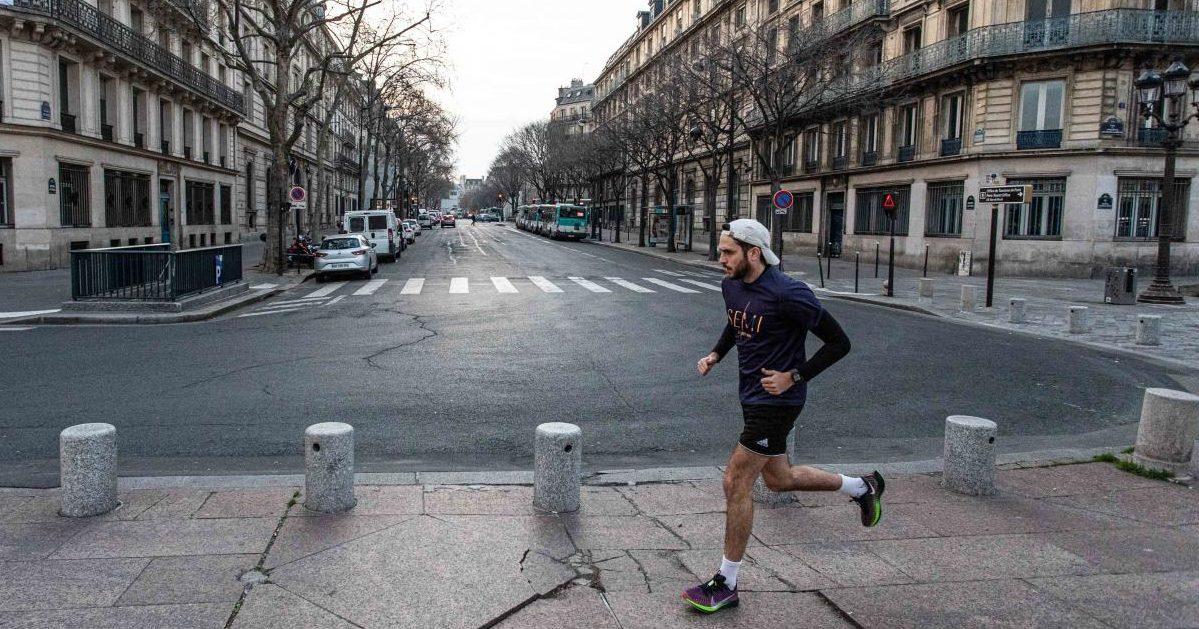 21168655 e1586369854782.jpg - Confinement : Les coureurs parisiens semblent s'être adaptés aux interdictions de sport en extérieur