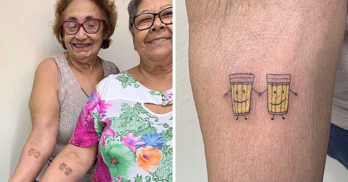 alltrends.jpg - Histoire d'amitié : Pour célébrer leur 30 ans d'amitié, elles se font un tatouage en commun