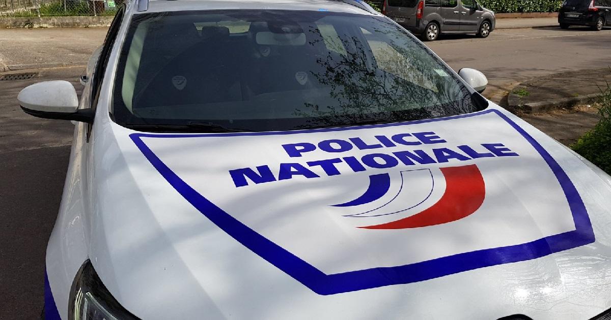 exhib.jpg - Toulouse: la police, à la poursuite d'un exhibitionniste, tombe par hasard sur des trafiquants de drogues