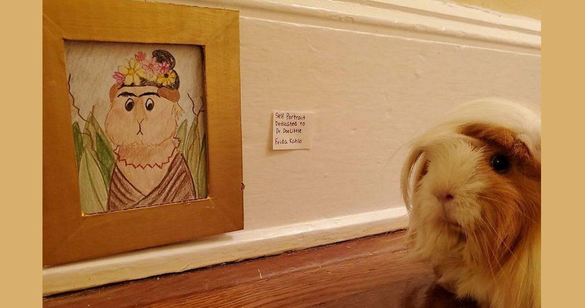 teresa michelle feat e1587655435123.jpg - Occupation confinement : Elle créé un mini musée incroyable pour son cochon d'Inde