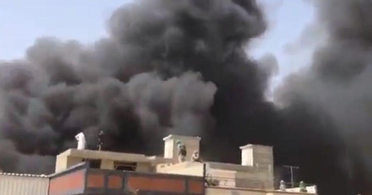 c2bef43c0bd31459085efb960433939a 1 e1590210899299.jpg - Pakistan : Un Airbus A320 s'écrase dans le quartier surpeuplé de Karachi, tuant au moins 80 personnes