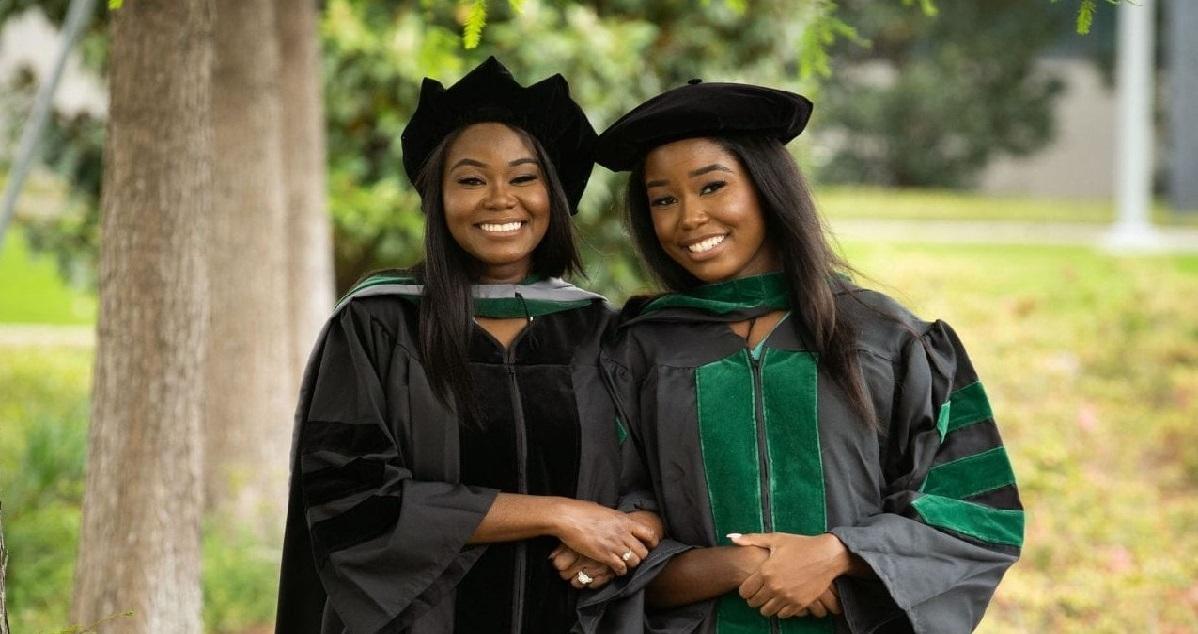 diplome.jpeg - Histoire inspirante: une mère et sa fille ont été diplômées de médecine ensemble !