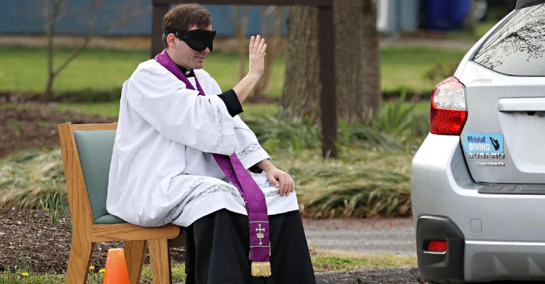 drive corona.jpg - Drive Confession: La communauté catholique du Limousin propose de se confesser en restant au volant de sa voiture