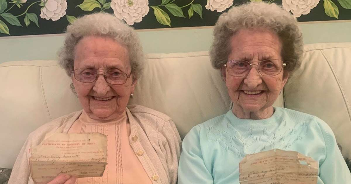 ec8db8eb84ac 2 11.jpg - Oldest Twins in Britain Doris And Lil Are Hot, Raunchy And Living The Life