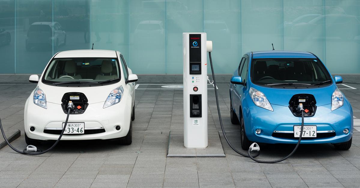 la tribune e1590511659552.png - M. Macron annonce un plan à 8 milliards d'euros pour aider à l'acquisition de véhicules propres