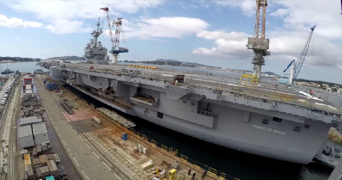 pa 12.jpg - Chantier: le prochain porte-avions français sera construit à Saint-Nazaire