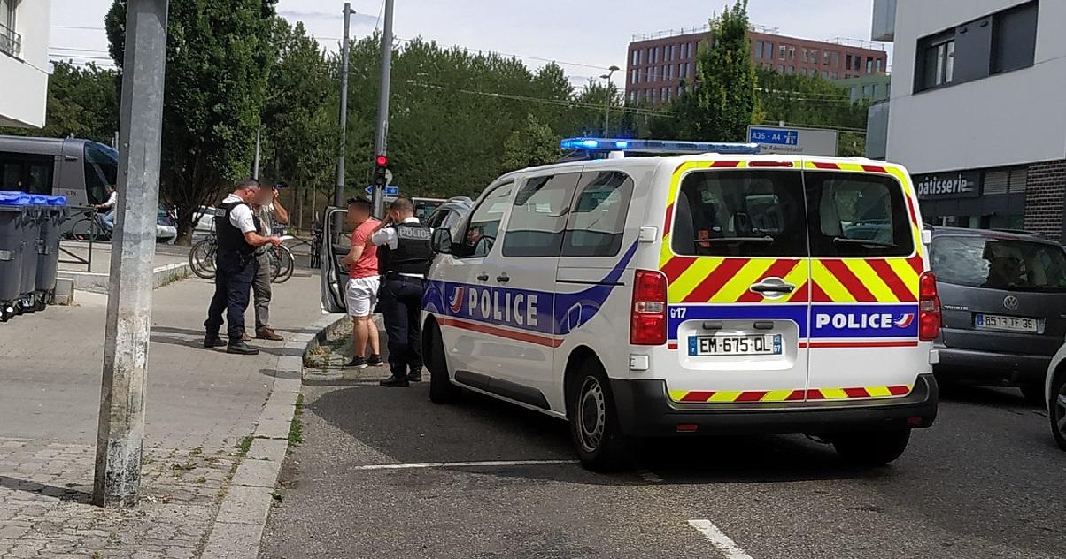 police 1 1.jpg - Indre-et-Loire : un homme de 86 ans a tué sa femme après 68 ans de vie commune