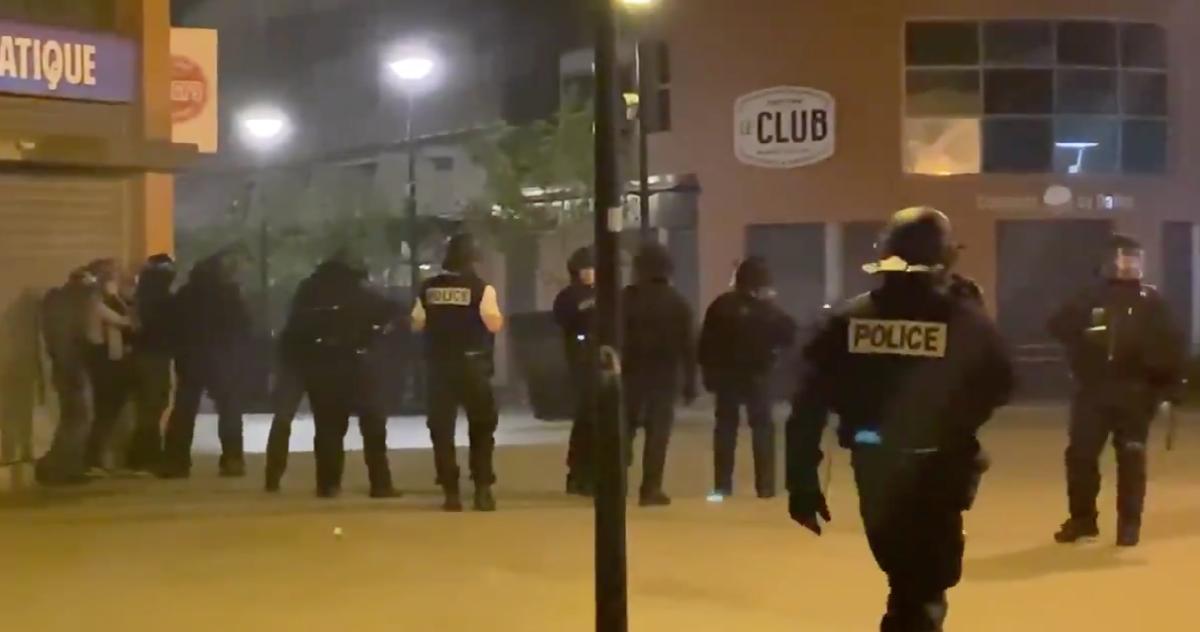police.png - Argenteuil: suite à la mort de Sabri, 18 ans, des échauffourées ont éclaté dans le quartier du Val-d'Argent Nord