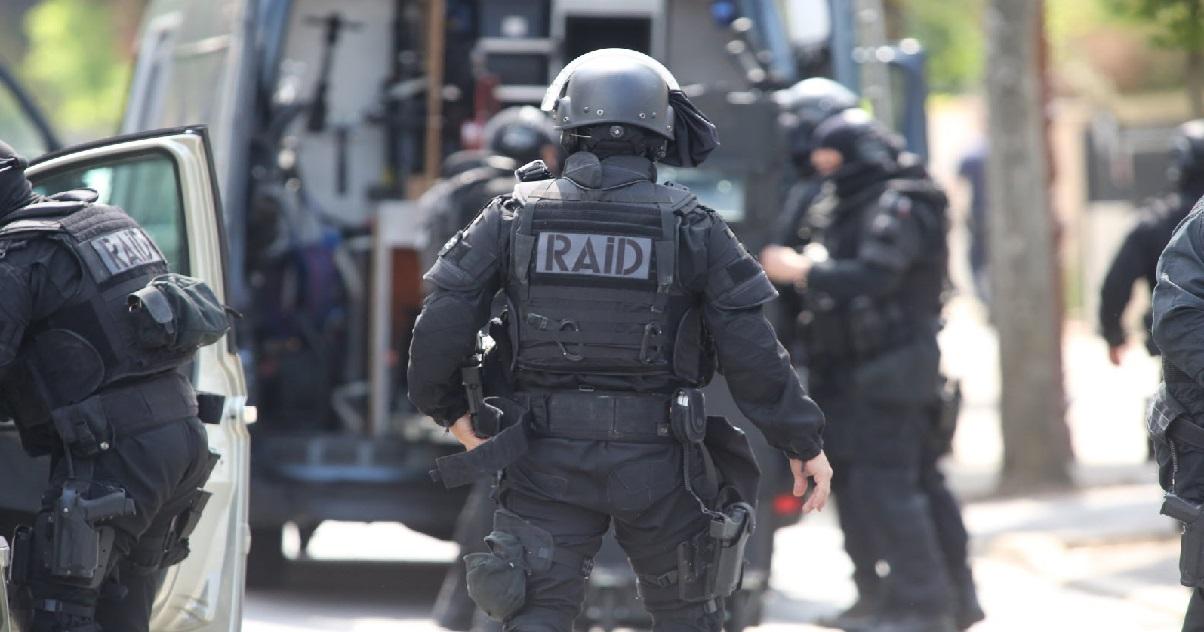 raid.jpg - Un policier du RAID a été percuté par une voiture à Montpellier