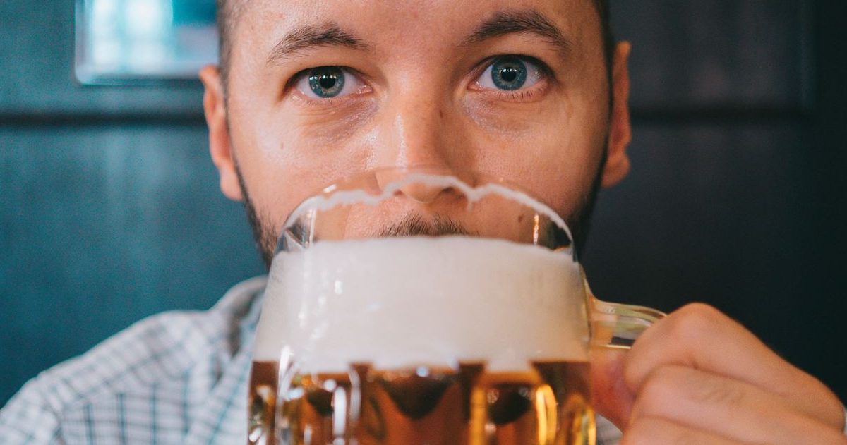 testeur de biere e1589801356259.jpeg - Une brasserie artisanale recherche un testeur de bières!