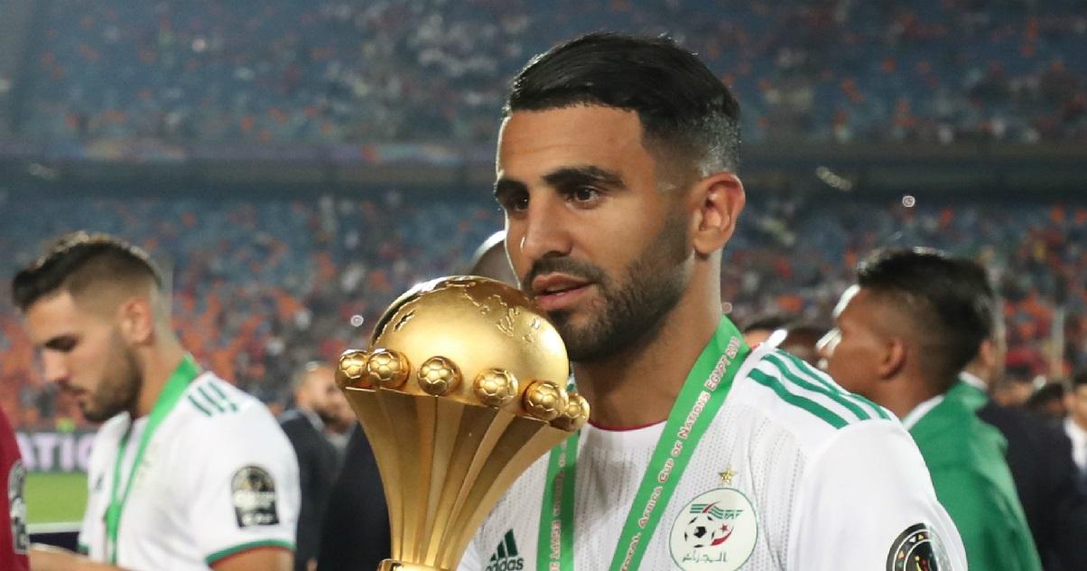 riyad.jpg - Angleterre: le footballeur Riyad Mahrez a été cambriolé et a perdu beaucoup d'objets de luxe