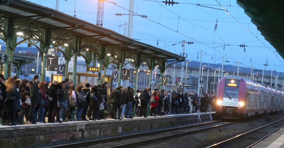 train.jpg - SNCF: à partir de la mi-juin les trains circuleront à 100% de leur capacité
