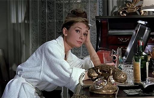 티파니에서 아침을