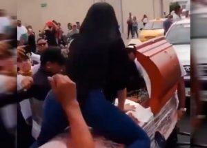 Perreo hasta el más allá: viuda hizo twerking sobre ataúd en insólito  funeral