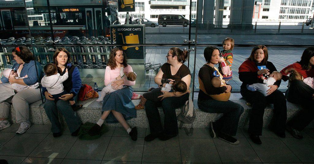 breastfeeding aboard flight