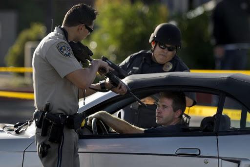 경찰과 총①] 미국 경찰관 1년 평균 147.4명 사망