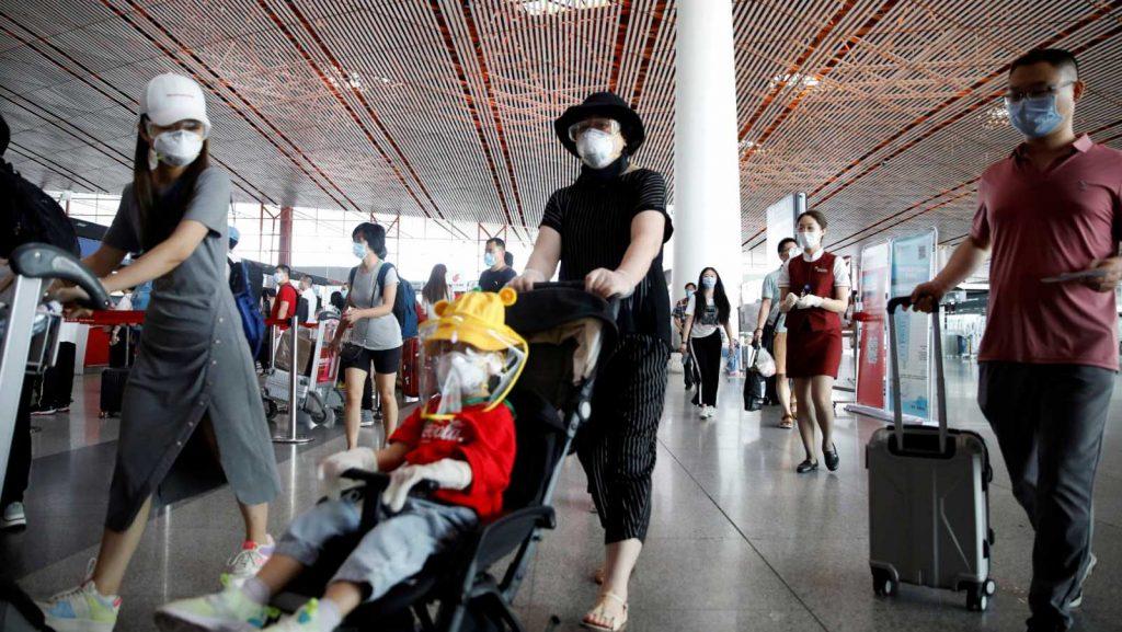 Pekín cancela más de un millar de vuelos l RTVE