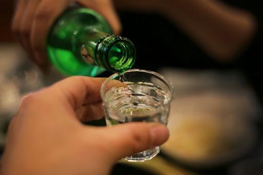 적당한 음주는 건강에 좋다?..술을 어떻게 볼 것인가 - 코메디닷컴