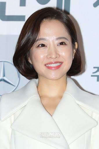 "SPOTVNEWS:박보영 ""흉터수술로 활동중단, 재정비 시간 갖겠다""…직접 전한 속앓이[공식입장]"