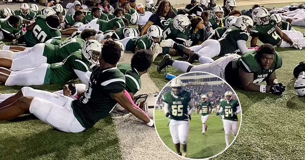 52.jpg - Chaos In Stadium! Unidentified Shooter Still At Large After Opening Fire At Four People During A Football Game In Alabama